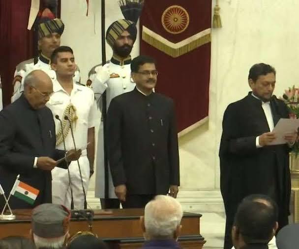 जस्टिस बोबडे ने ली देश के नए चीफ जस्टिस की शपथ, बने भारत देश के 47वें मुख्य न्यायाधीश