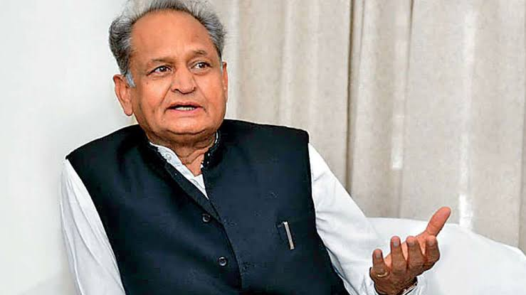 बयान / गहलोत ने कहा- मोदी और भाजपा को यह सोचना बंद कर देना चाहिए कि कांग्रेस का देश से सफाया हो जाएगा
