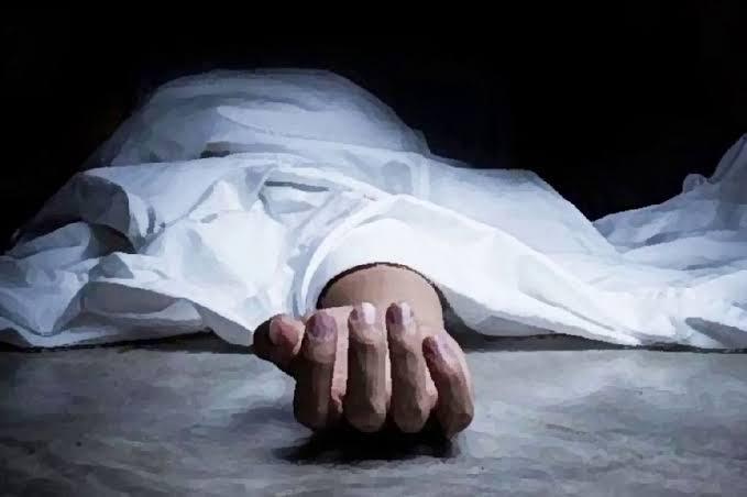 बस्ती:हीटर पर हाथ सेंक रहे गौर के युवक की करंट से मौत