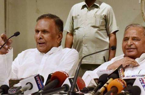 समाजवादी पार्टी के राज्यसभा सदस्य व पूर्व केंद्रीय मंत्री बेनी प्रसाद वर्मा का लखनऊ में निधन