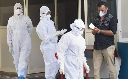 कोरोना वायरस के आगे बेबस हुआ अमेरिका, एक दिन में 1169 लोगों की हुई मौत