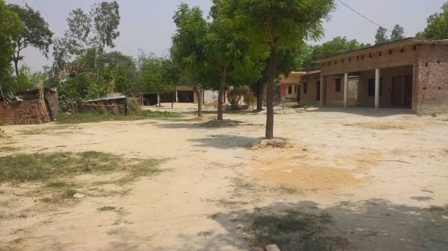 प्रतापगढ़:गोविदपुर व परसद गांव में वर्मा बस्ती में पसरा सन्नाटा