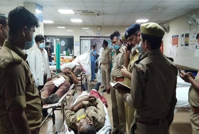 कानपुर एनकाउंटर में CO समेत 8 पुलिसकर्मी शहीद, बड़े ऑपरेशन में जुटी STF की टीमें