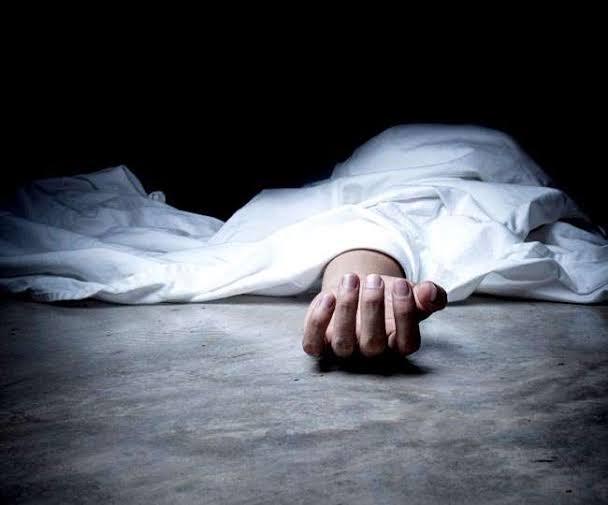 बस्ती : गौर थाना क्षेत्र के जोगिया चौराहे पर आटा चक्की मशीन के पट्टे में फंसने से 32 वर्षीय महिला की मौत