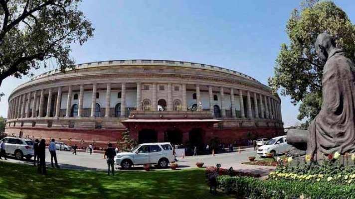 संसद सत्र: न महामारी की चर्चा, न बेरोज़गारी की बात, सिर्फ़ ख़तरनाक बिलों की बरसात